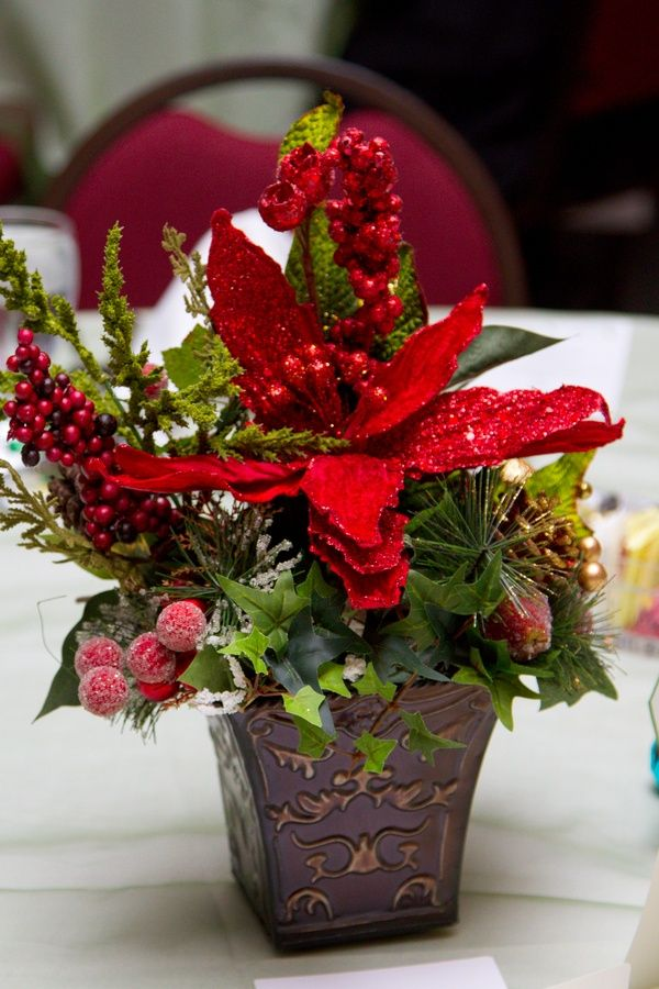 Cool Poinsettia Centerpieces Wedding Flower Arrangements