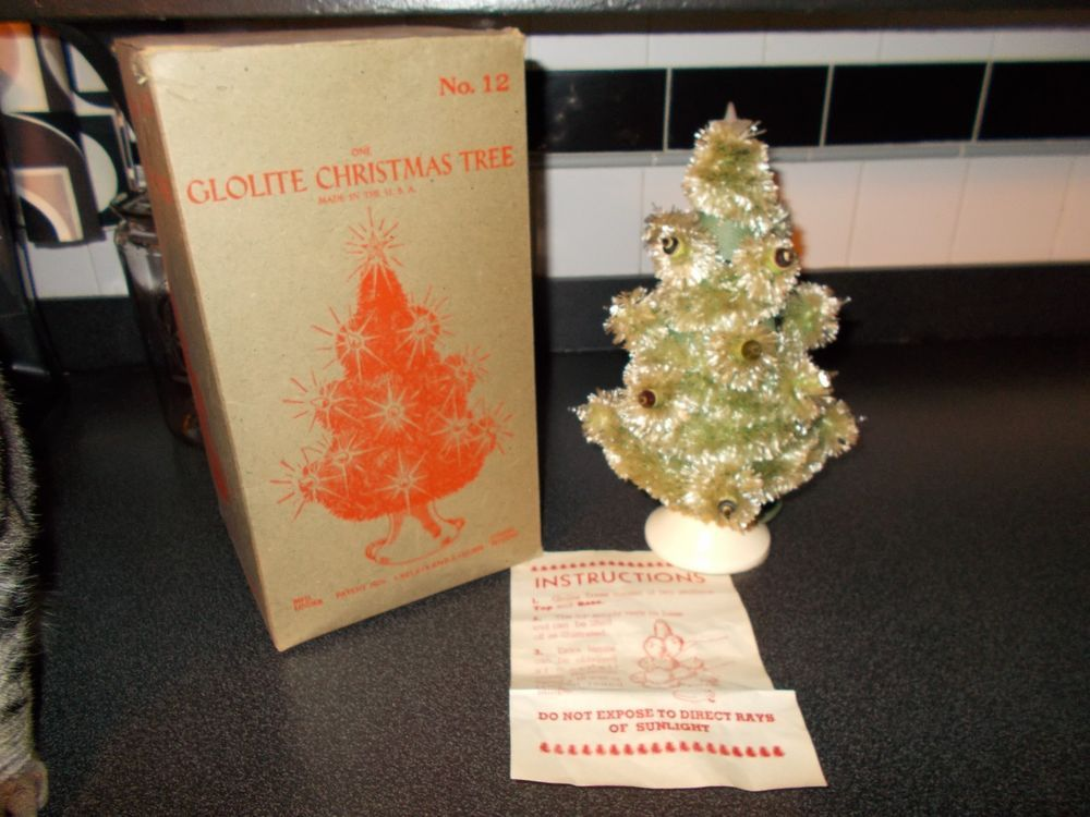 Vintage Glolite Lighted Visca Bottle Brush Christmas Tree Orig Box Works Bottle Brush Christmas Trees Artificial Christmas Tree Christmas Tree