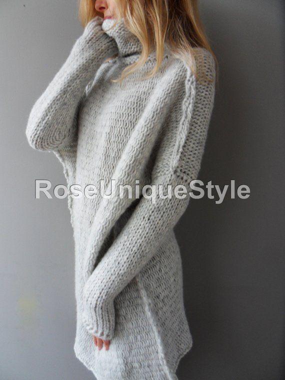 89cc3bbbb88e7e Oversized Handmade Chunky knit Alpaca woman sweater tunic jumper pullover .  Slouchy Bulky Loose swe