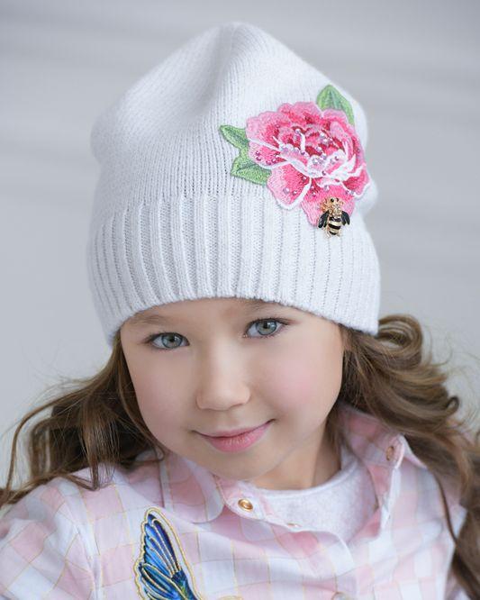 Купить модные шапки для девочек | Стильные трикотажные ...