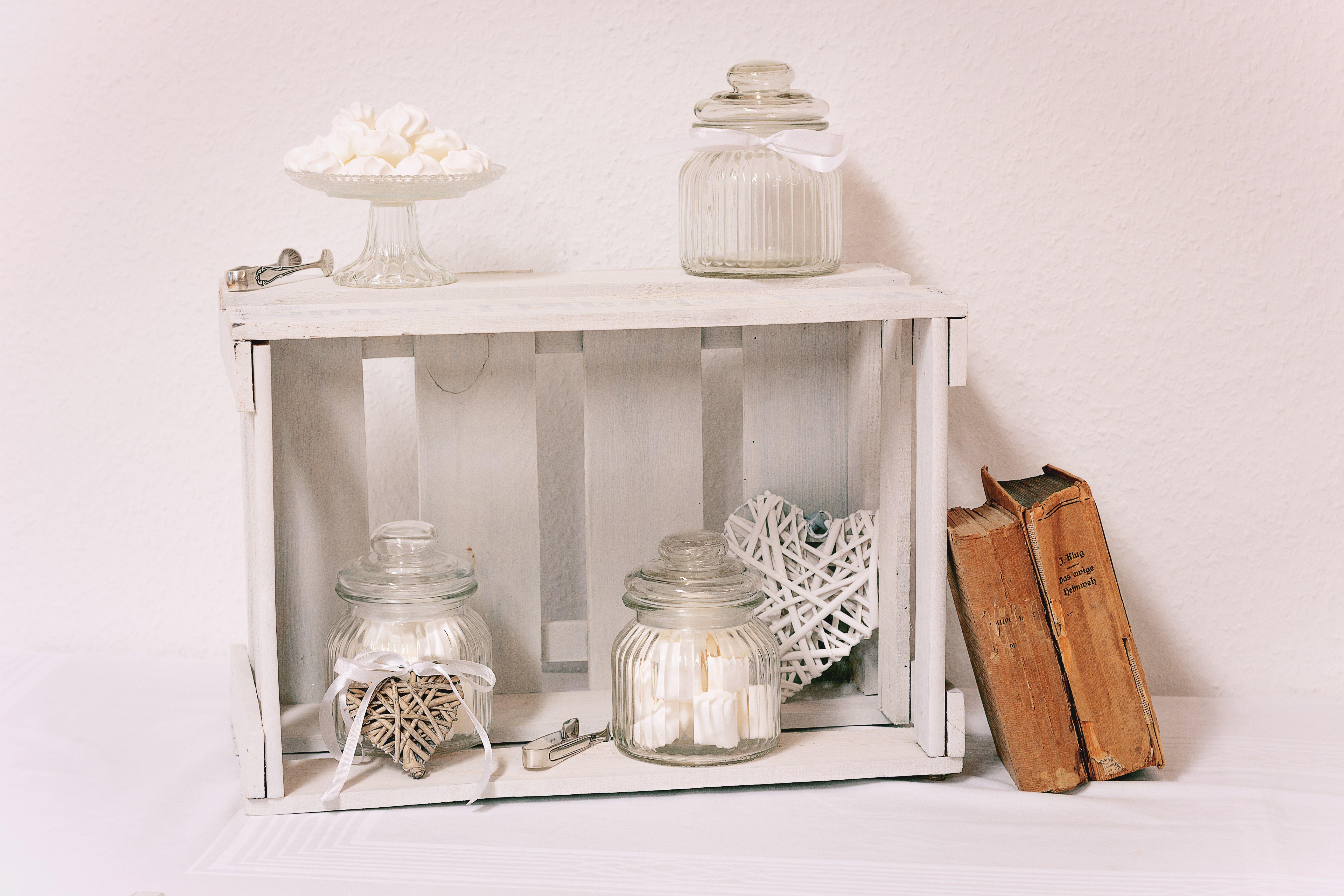 weinkisten wei lasiert sind wunderbare accessoires f hochzeit dekoverleih candy bar. Black Bedroom Furniture Sets. Home Design Ideas