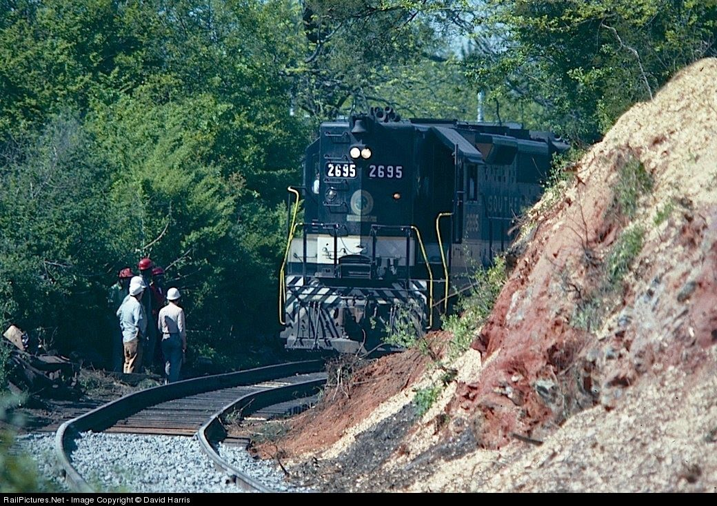 GP35 SOUTHERN @ Pine Mountain Georgia. | Pine mountain ...