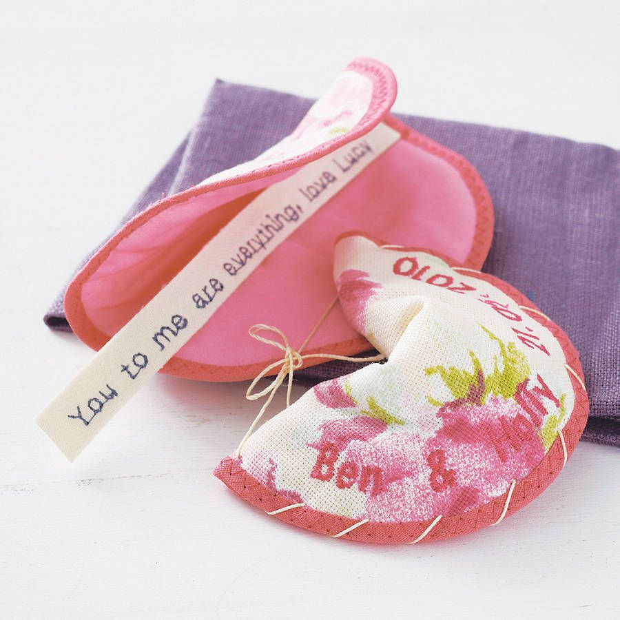 Fabric Fortune Cookie Favour | Sewing | Pinterest | Cookie favors ...