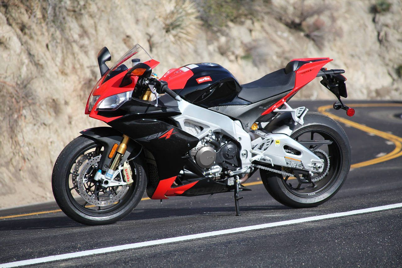 Side view of aprilia rsv4 high quality image best wallpaper side view of aprilia rsv4 high quality image fandeluxe Choice Image