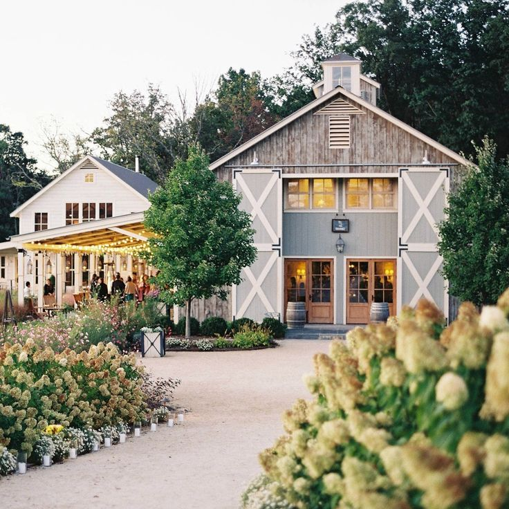 See Pippin Hill Farm and Vineyard on WeddingWire Best