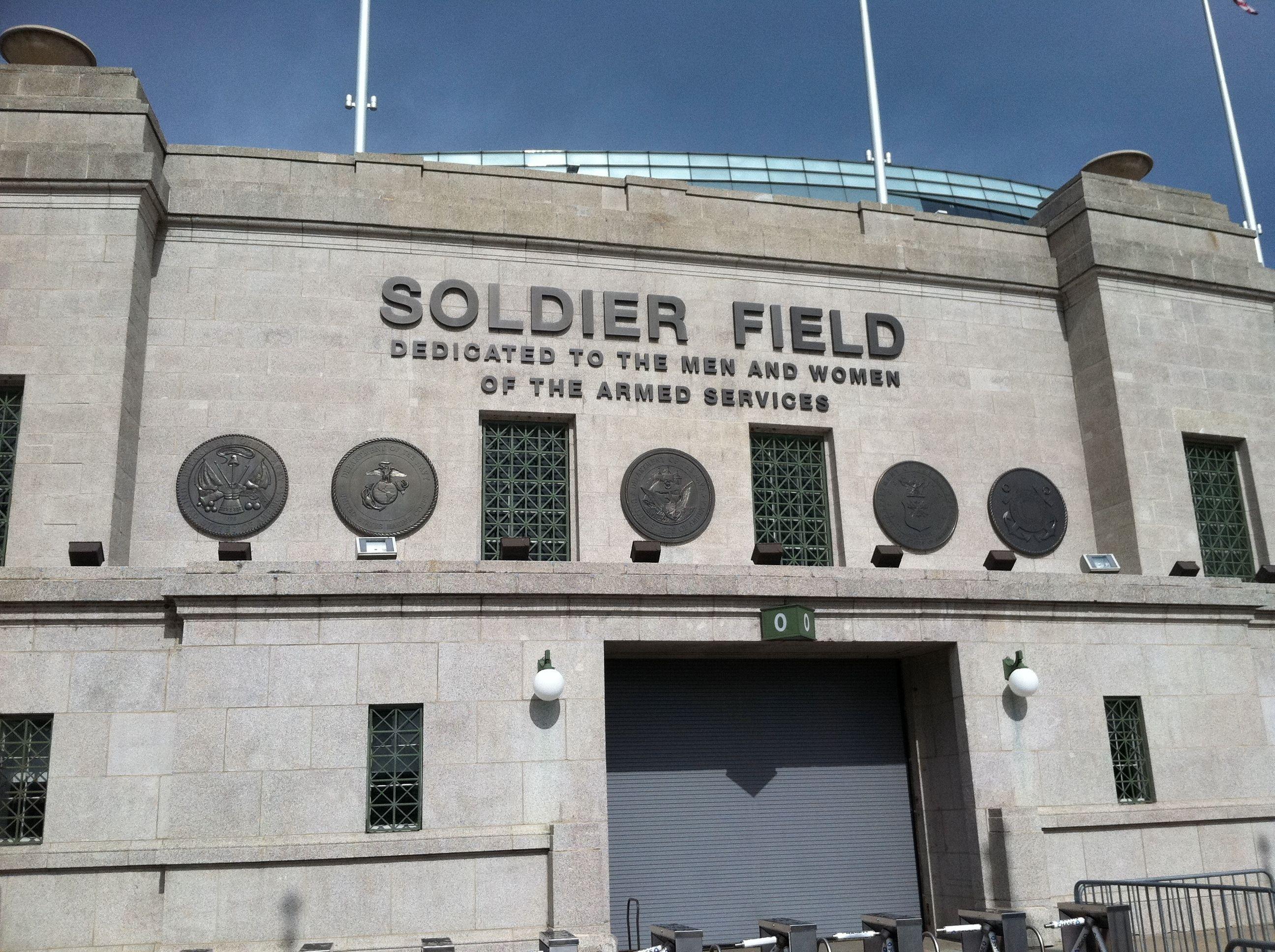 Soldier_Field_Chicago.jpg (2592×1936)