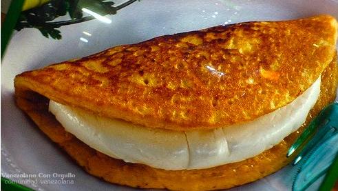Cachapas venezolana venezuela fauna flora costumbres comidas cachapa con queso de mano venezuelan corn pancake with white cheese forumfinder Choice Image