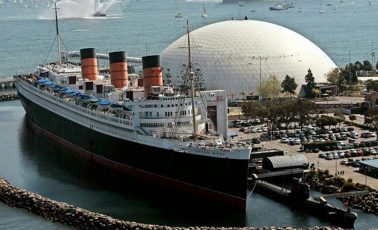 Queen Mary Yrs Old LA Landmarks Pinterest Queen Mary - Where do old cruise ships go