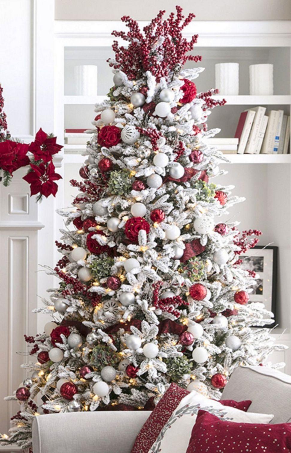 40 Awesome Farmhouse Christmas Tree Ideas Look Very