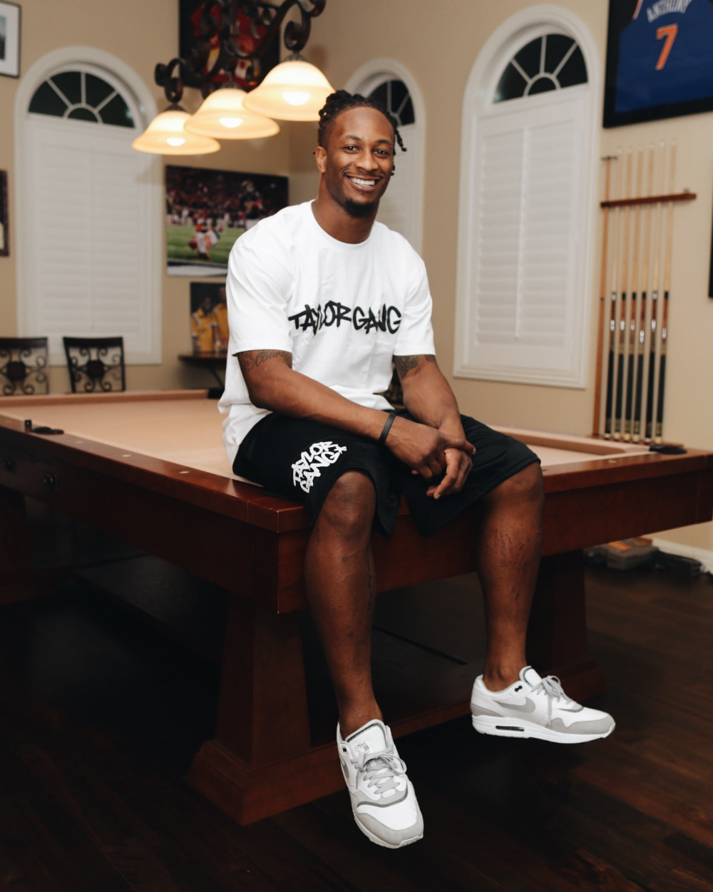 Taylor Gang On Twitter Lounge Outfit Taylors Gang Todd Gurley