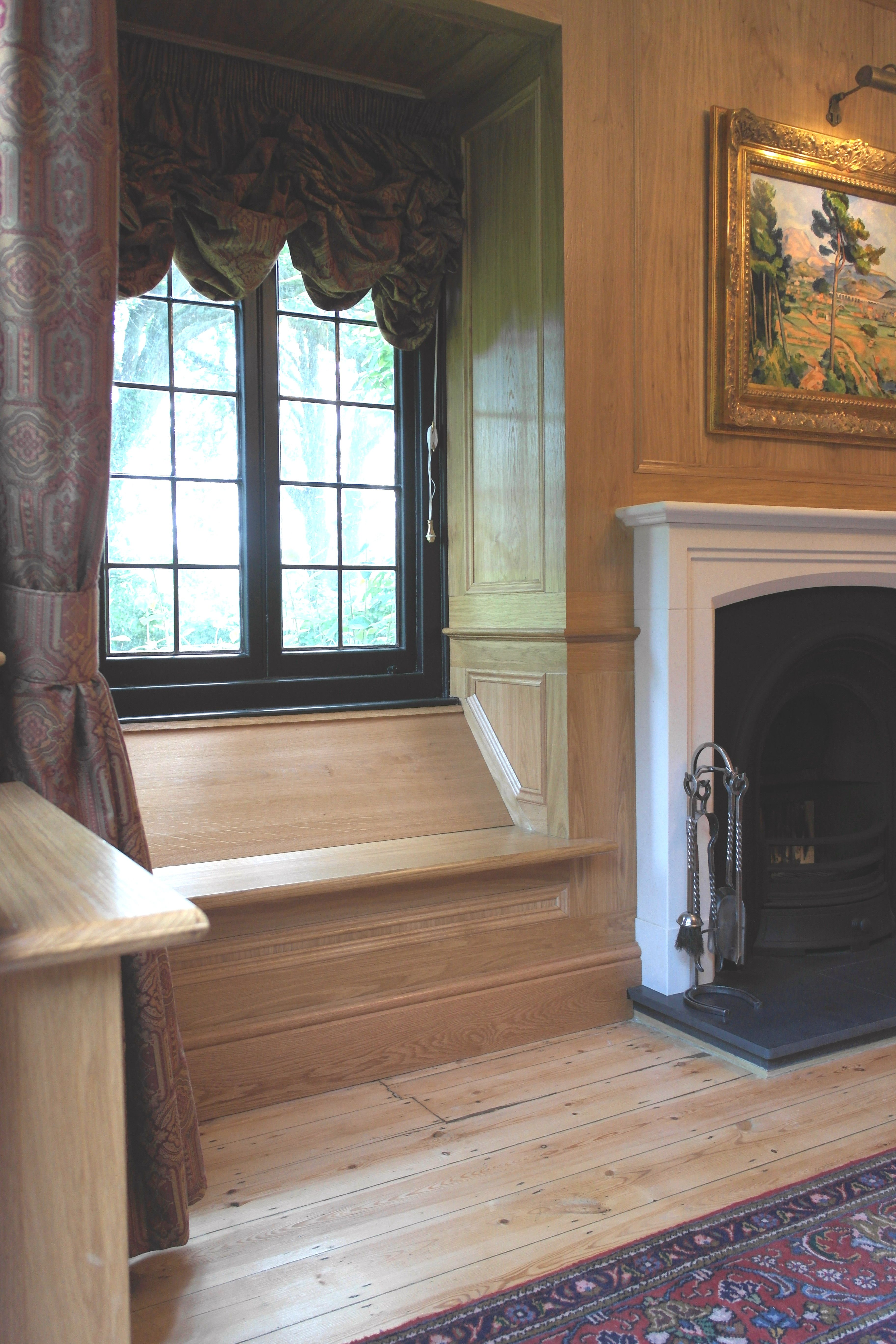 Oak Paneled Room: Traditional Oak Panelled Room