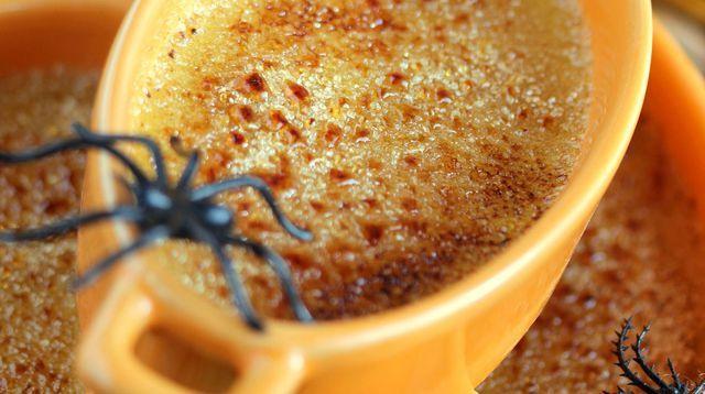 Petites crèmes brûlées d'Halloween
