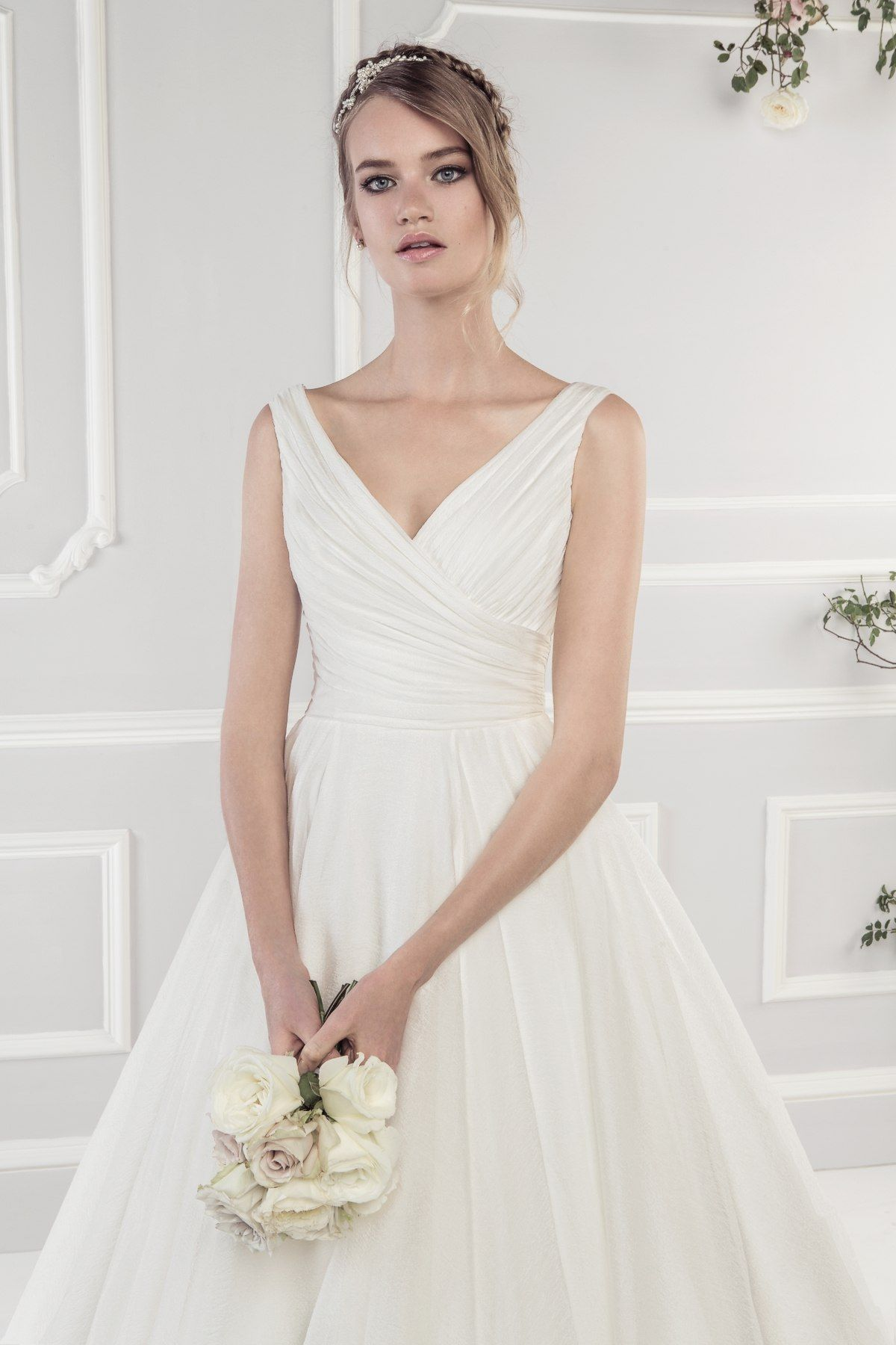 Simple wedding dresses for eloping  Pin by Malin Frohm on wedding  Pinterest  Ellis bridal