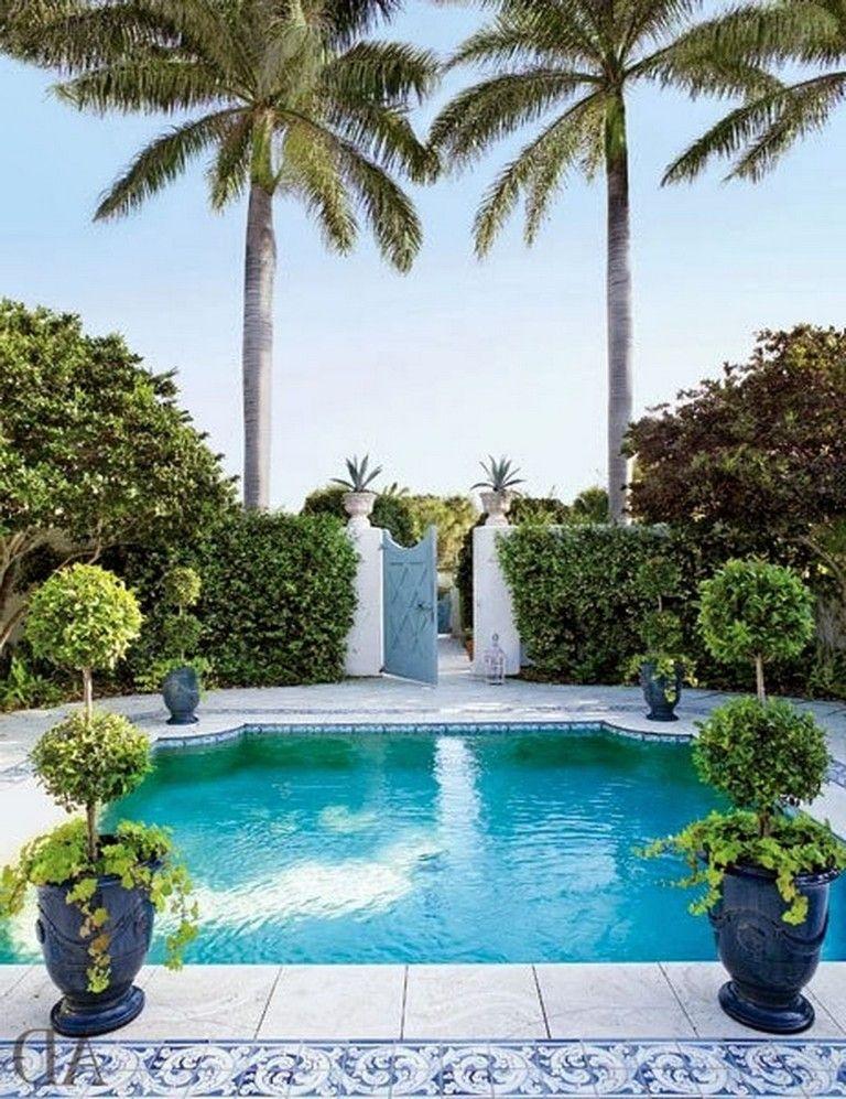 Love It Florida Style: 10+ Palm Seaside Chic Backyard Ideas