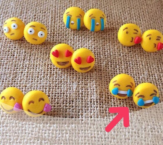 Orecchini smile faccine whatsapp fimo lobo perno handmade