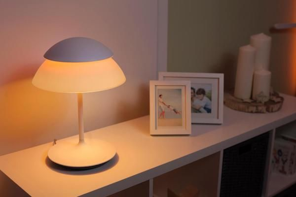 Philips Lampen Hue : Philips hue beyond dimmable smart table lamp philips hue beyond