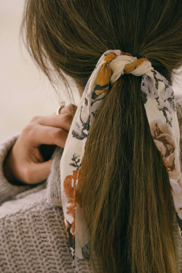 How To Style Hair Ties Hair Tie In Pony Tail How To Update And Upgrade Your Pony Tail Easy Hairstyles For Long Hair Scarf Hairstyles Hair Styles