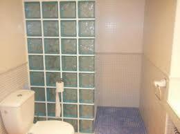 Plato de ducha con asiento de obra y mampara de paves - Platos de ducha diseno ...