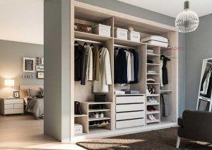 Interior armario empotrado para 3 puertas correderas  i