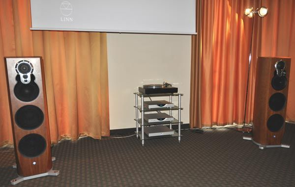 The Linn system with Hi-Res software and Klimax active speakers.