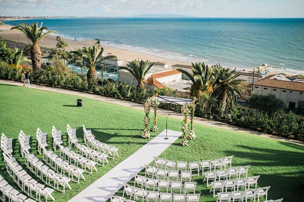 wedding ceremony setup - photo by Honey Honey Photography http://ruffledblog.com/stylish-pacific-palisades-beach-wedding
