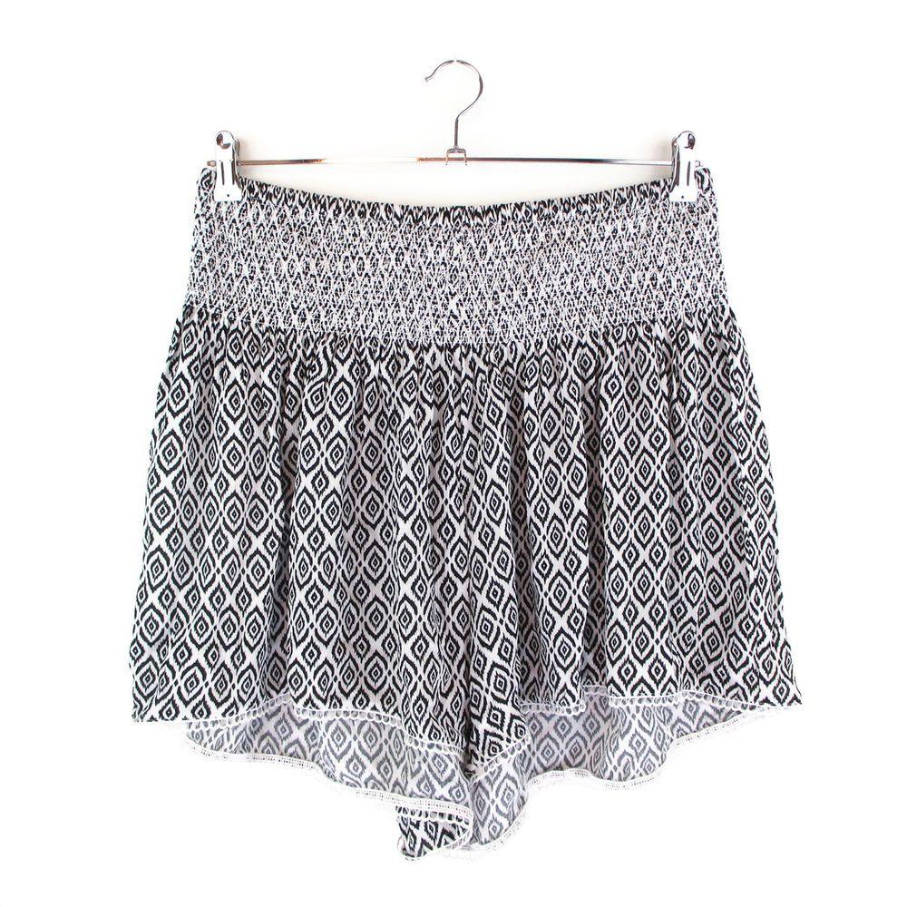 7b0d4153f93 Torrid 1 1X Shorts Plus Size Rayon Gauze Tribal Ikat Lace Elastic Waist  Boho #Torrid #CasualShorts #Summer