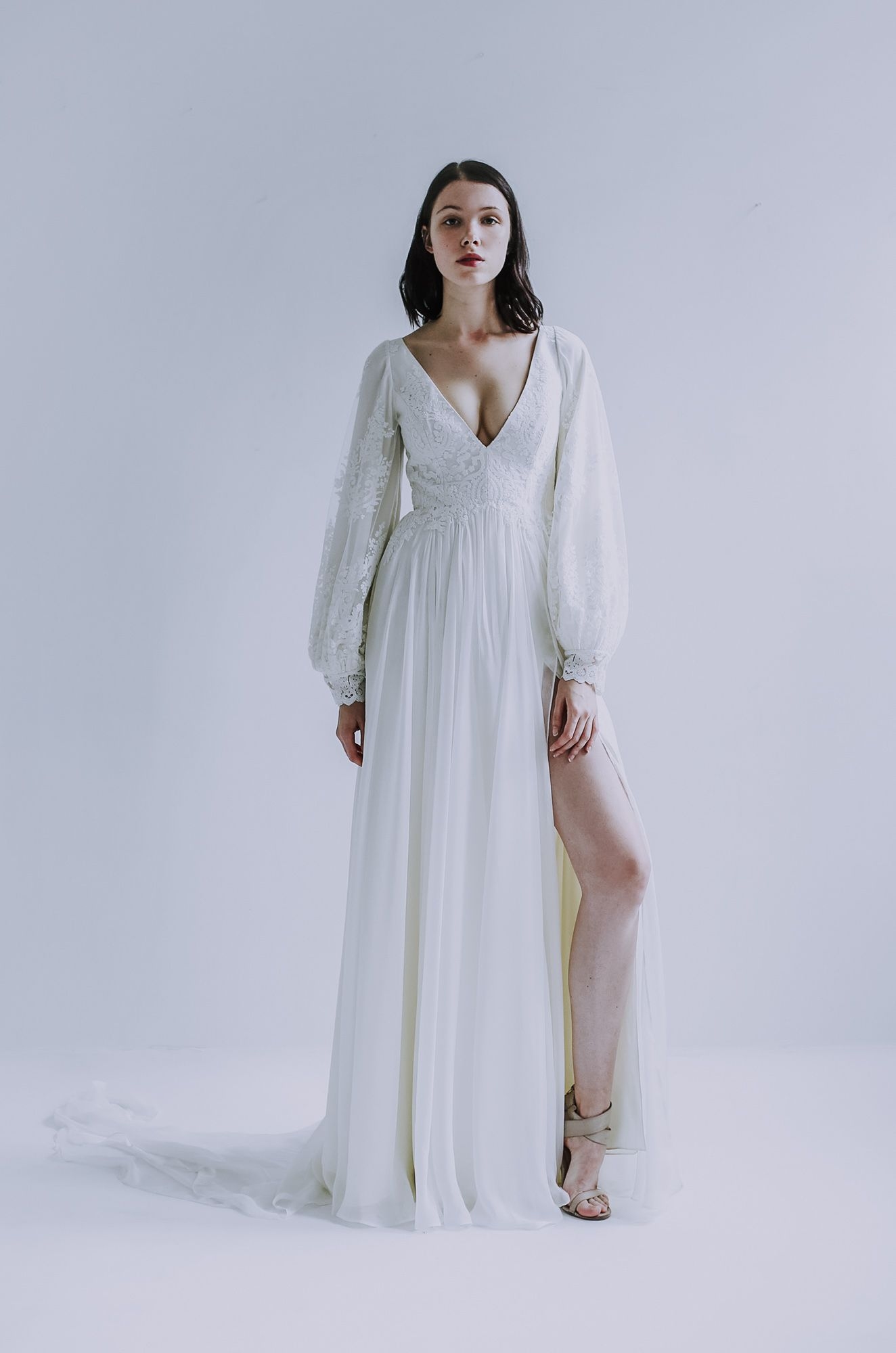 Pascaline Dress Leanne Marshall In 2020 Linen Wedding Dress Dresses Wedding Dresses Simple