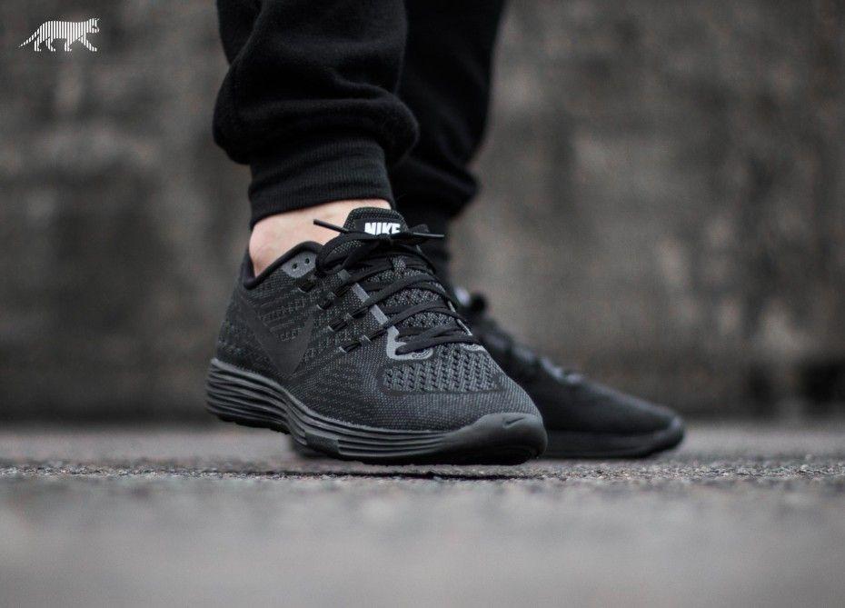 Nike Lunartempo 2 (Black / Black - Anthracite)