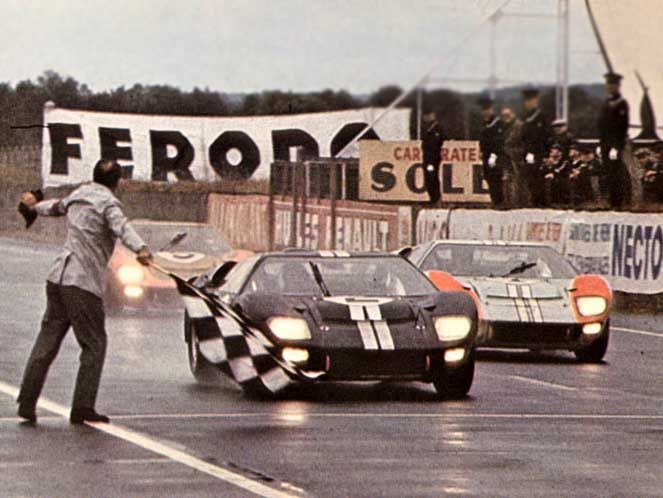 1966 Ford Wins Le Mans With A 1 2 3 Finish Ford Gt Ford Gt40 Le Mans