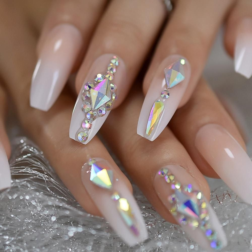 Queen Of Bling Nails In 2020 Luxury Nails Press On Nails Bling Nails