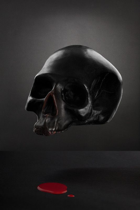 Floating Skull by threebythree