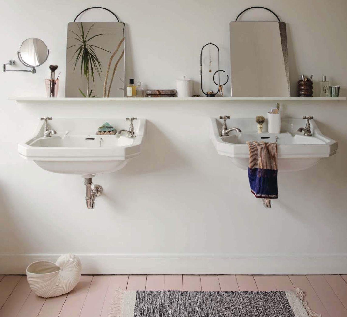 Long Bathroom Shelf Spiegel Metaal Minimalistisch Design