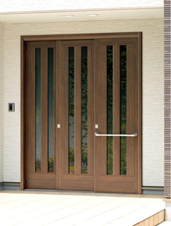 玄関先でのお困りごとを引戸が解消 玄関スペースに余裕が少ない日本住宅には 実は引戸が適しています 住宅事情に合せて