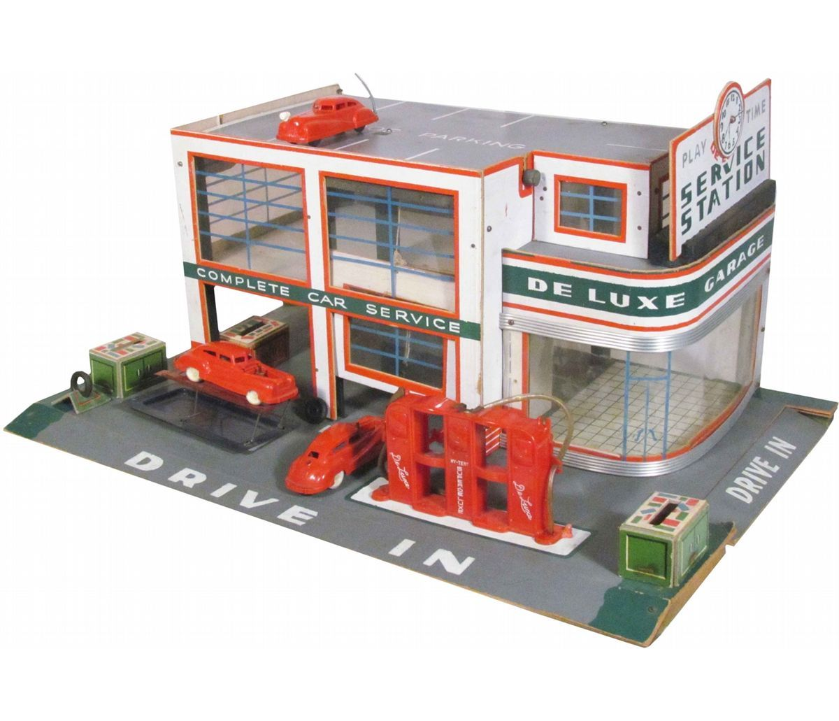 1940's Toy Keystone Deluxe Service Station. Excellent all