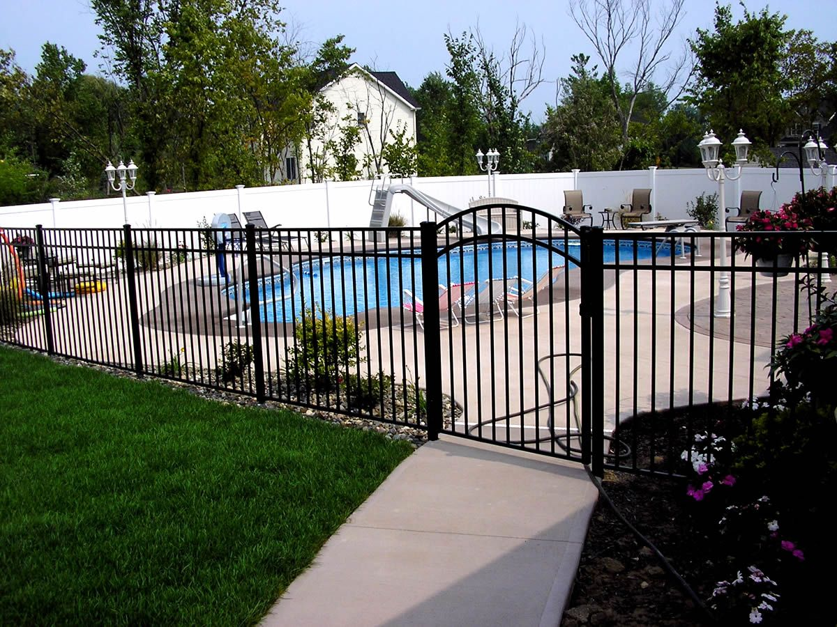 59 the new inspiration for pool fence ideas 2018 my on modern fence ideas highlighting your house with most shared privacy fence designs id=88007