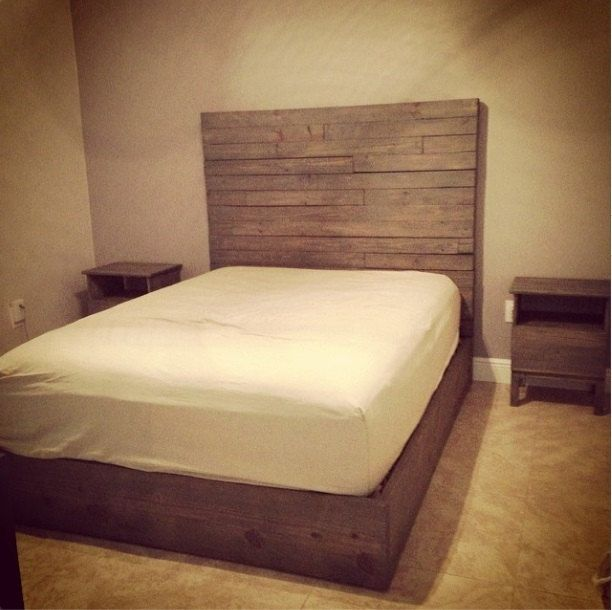 Rustic Platform Bed W 4x4 Timber Headboard Rustic Platform Bed