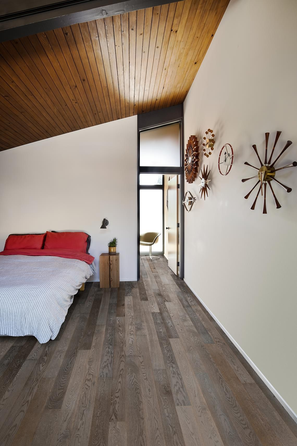 Oak Carbon Canvas Collection Engineered wood floors
