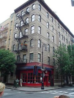 The Apartment From F R I E N D S This New York City Property Located At 90 Bedford Street In