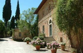 FATTORIA DEL COLLE - FARMHOLIDAYS IN TUSCANY - ROOMS AND APARTMENTS  Fattoria del Colle is an farmhouse for holidays in Tuscany located between Crete Senesi and Val d'Orcia, an intact corner of Tuscany, still unknown to most.