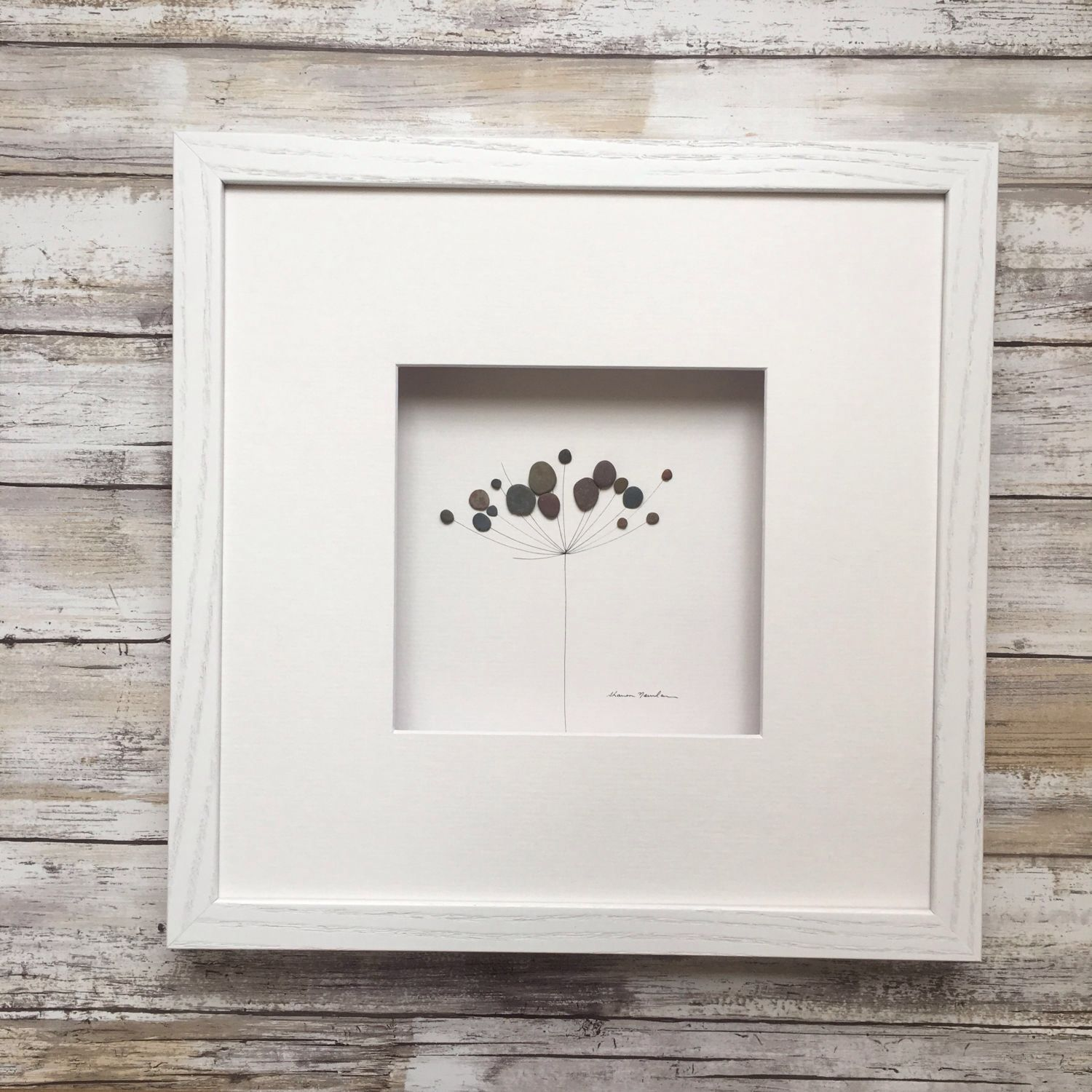 Pebble Art minimal botanical by Sharon Nowlan, flower pebble art ...