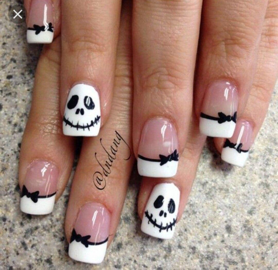 Pin by Aurora Nickel on Beauty - Holiday and Seasonal Nail Art ...