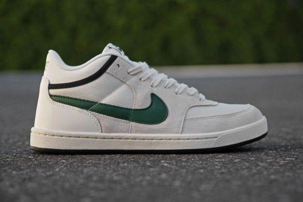 venta minorista reputación primero buscar original Nike SB Challenge Court Mid 'Swan/Gorge Green-Black' at Primitive ...