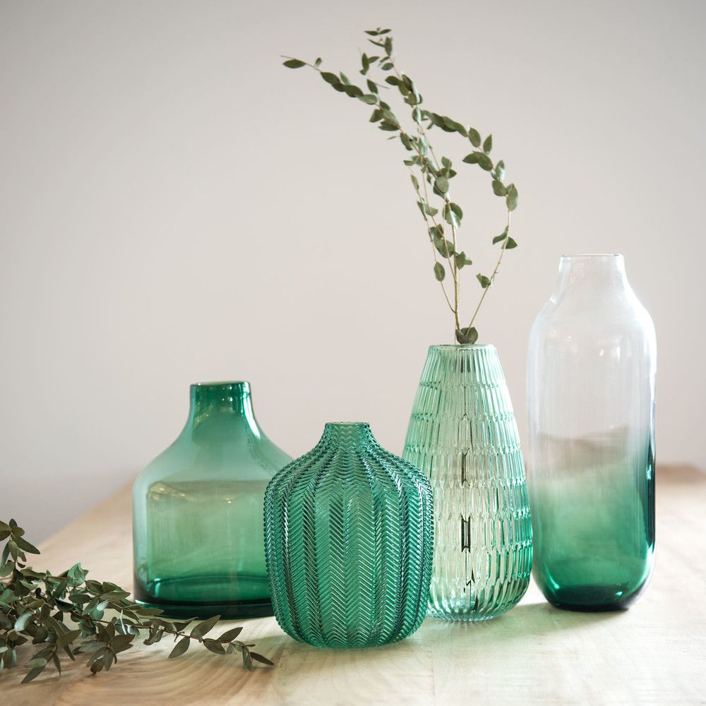green tinted glass vase h 21 cm vase en verre maison du monde et vase. Black Bedroom Furniture Sets. Home Design Ideas