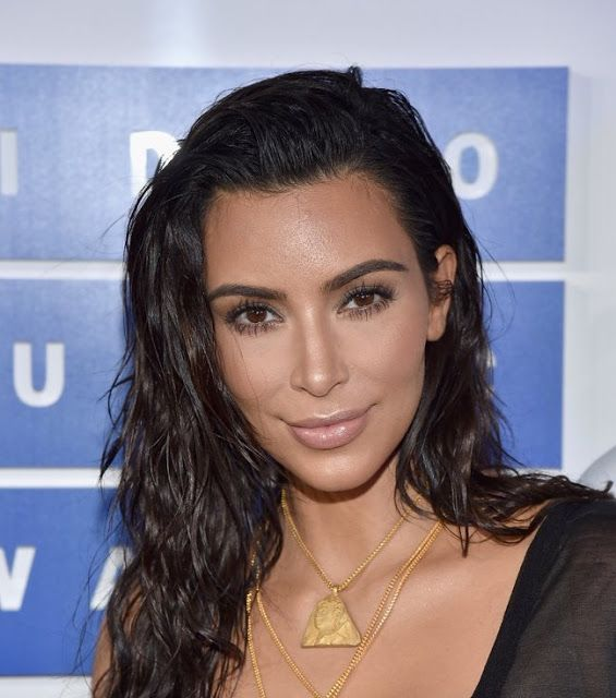Kim Kardashian S Wet Hair Look At The 2016 Vmas Allhairmakeover