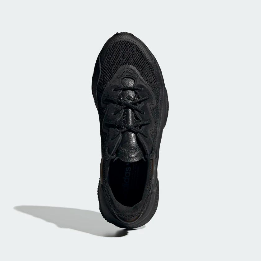 adidas ozweego all black