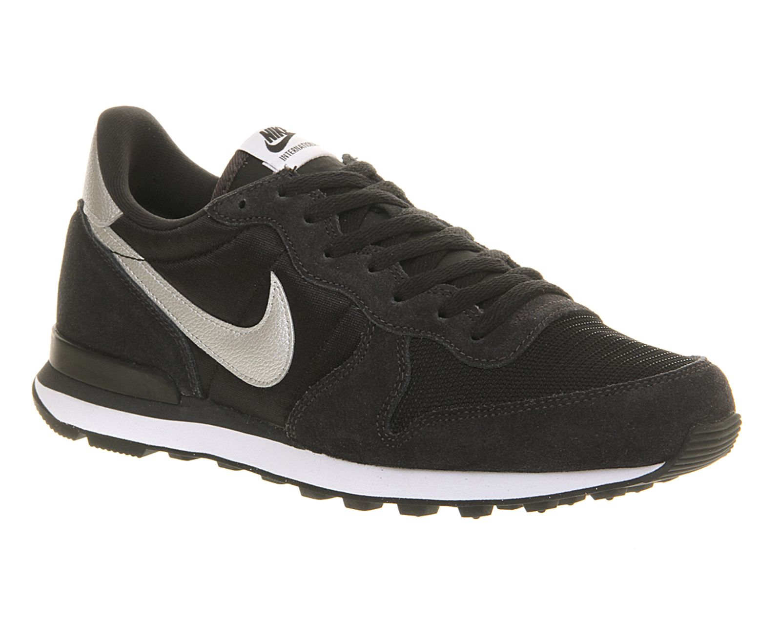 nike lunettes de réparation - 1000+ images about Sneakers on Pinterest | Nike Air Pegasus, Nike ...
