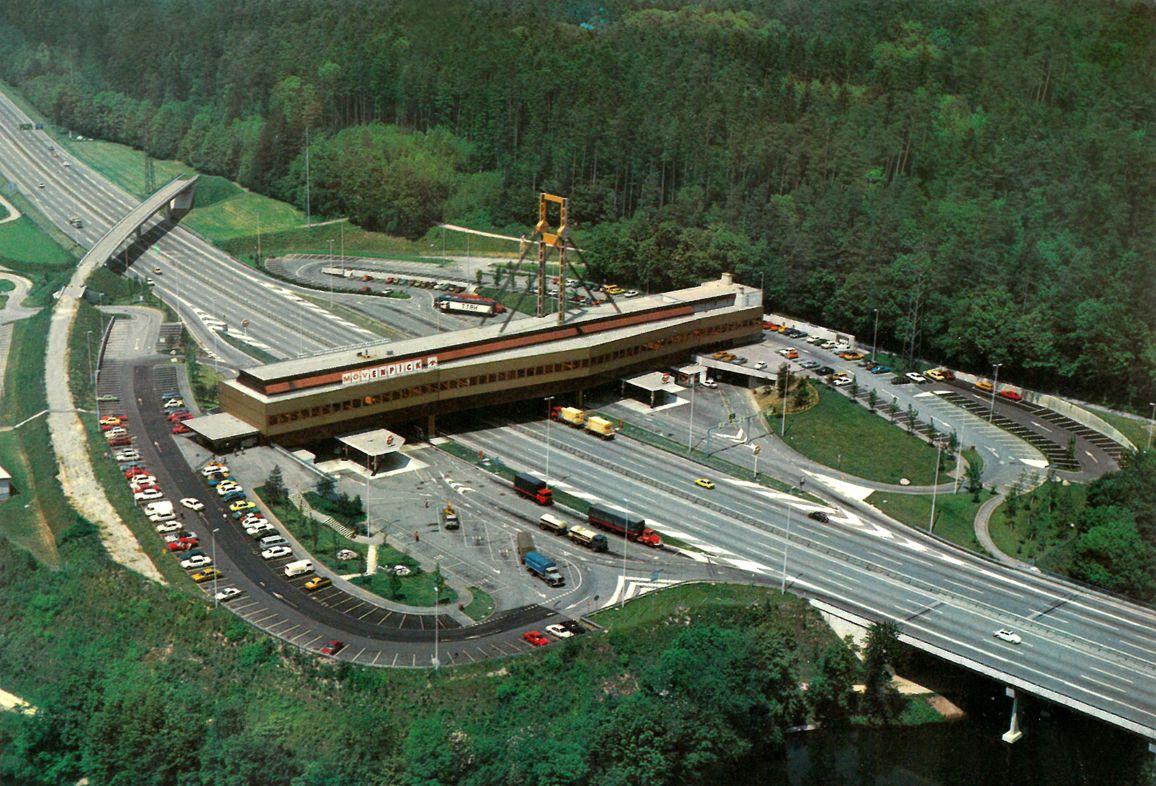 Autobahnraststatte Wurenlos Fressbalken An Der A 1