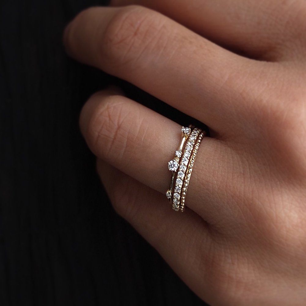 Image Of R127 Splashed Diamond Ring Diamond Wedding Bands Diamond Bands Small Diamond Rings