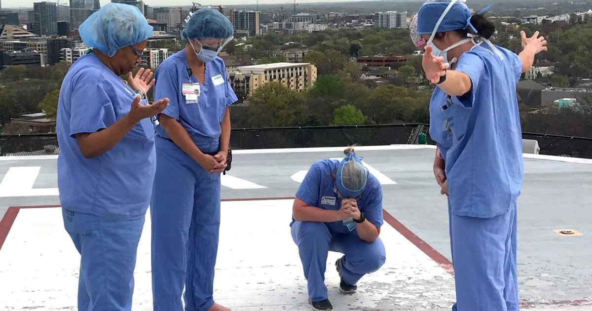 Nurses Gather To Pray For Patients And Families On Hospital S Roof Faithpot In 2020 Patient Pray Prayers