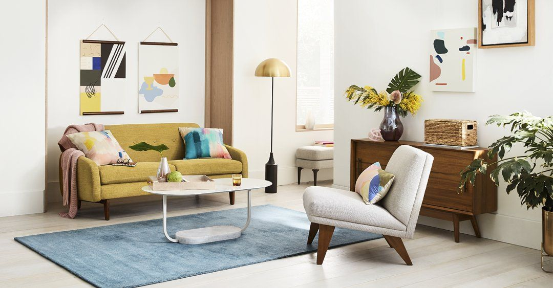 Gallery Groupings In Every Room Living Room Inspiration Small Room Design Room Inspiration